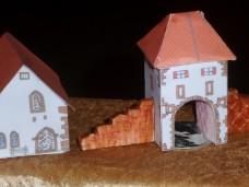 Untertor und Kapelle