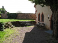 Alte Kapelle von außen